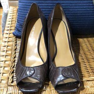 Nine Wear Brown Leather Peep Toe Heel